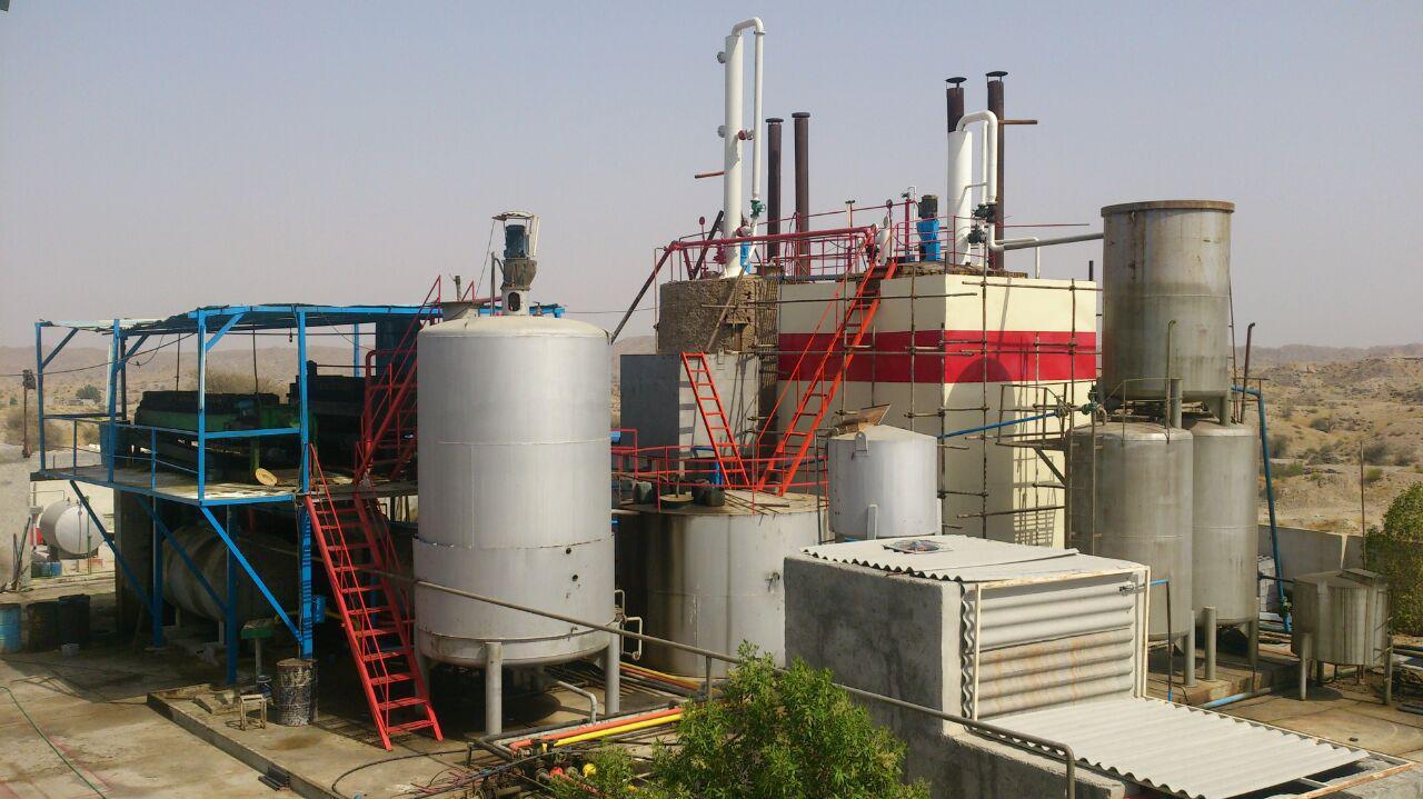 فروش کارخانه تولید و بسته بندی روغن موتور و روغن پایه و هیدرو کربنها