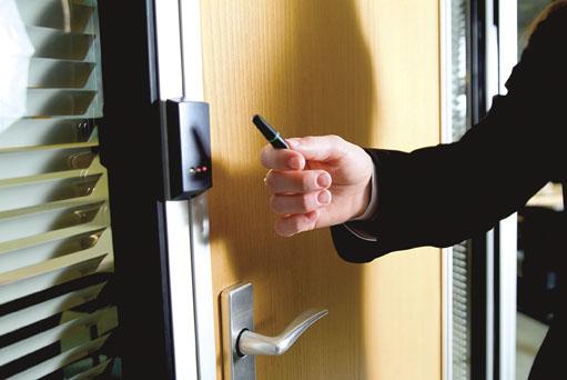 دستگاه های کارتخوان هوشمند (RFID)