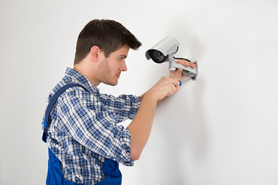 نصب و راه اندازی دوربین های مداربسته و سیستم های نظارت تصویری
