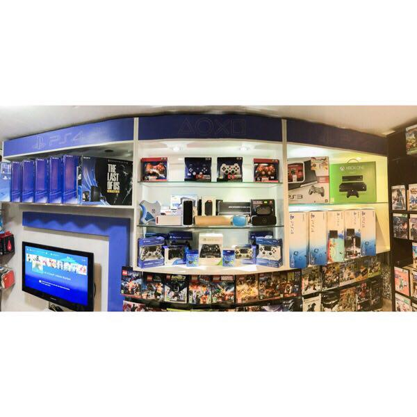 فروش ويژه کنسول PS4 و بازيهاي PS4 به صورت عمده