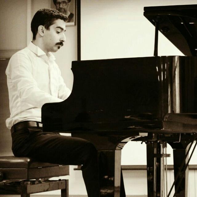 آموزش نوازندگی پیانو در تهران