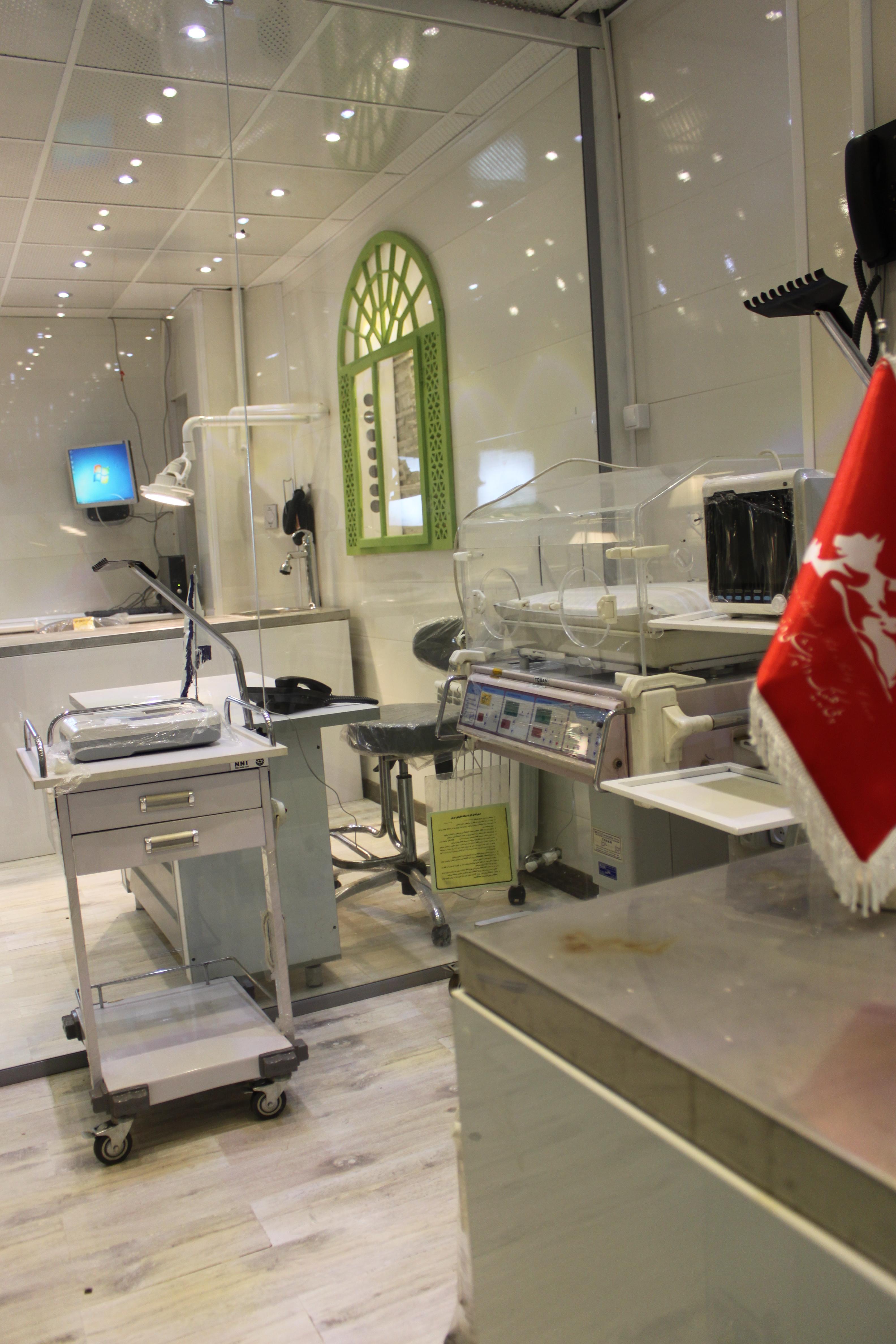 تزریقات و پانسمان حیوانات خانگی بیمارستان دامپزشکی درین