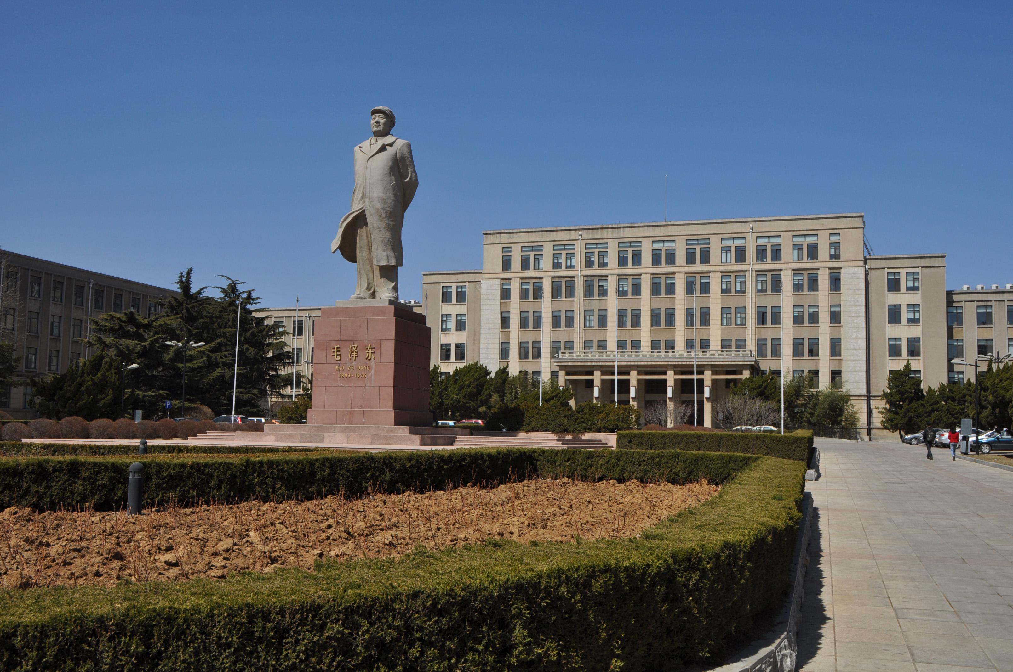 قابل توجه کلیه دانش آموزان و دانشجویان علاقهمند به تحصیل در دانشگاه های معتبر چین