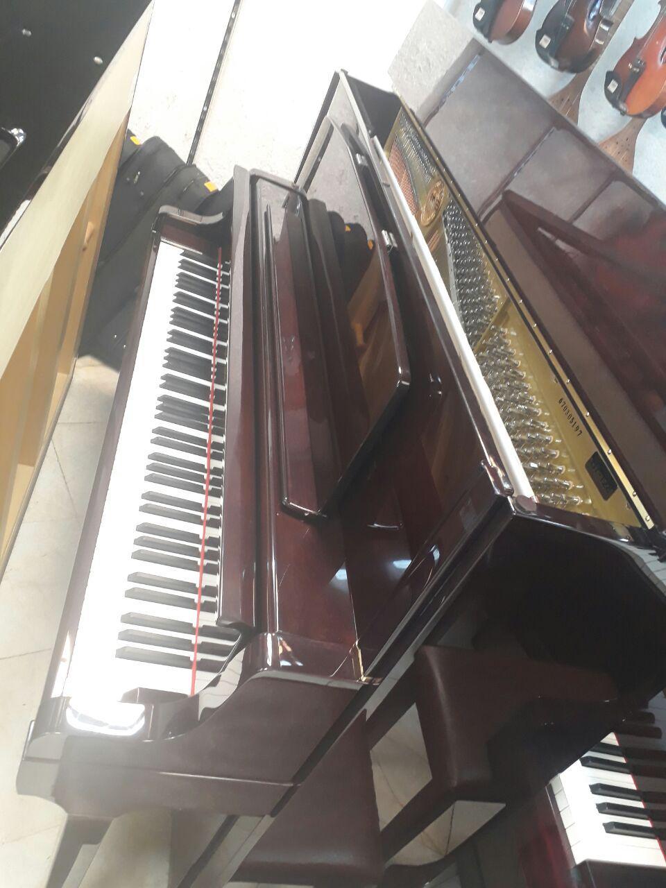 فروش ویژه پیانو آکوستیک بنتلی