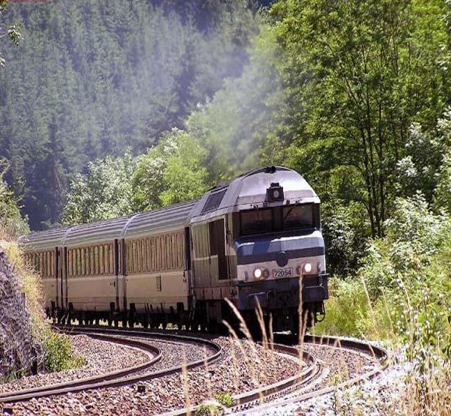 تهیه بلیط قطار مسیرهای اهواز - مشهد و تمامی مسیرها