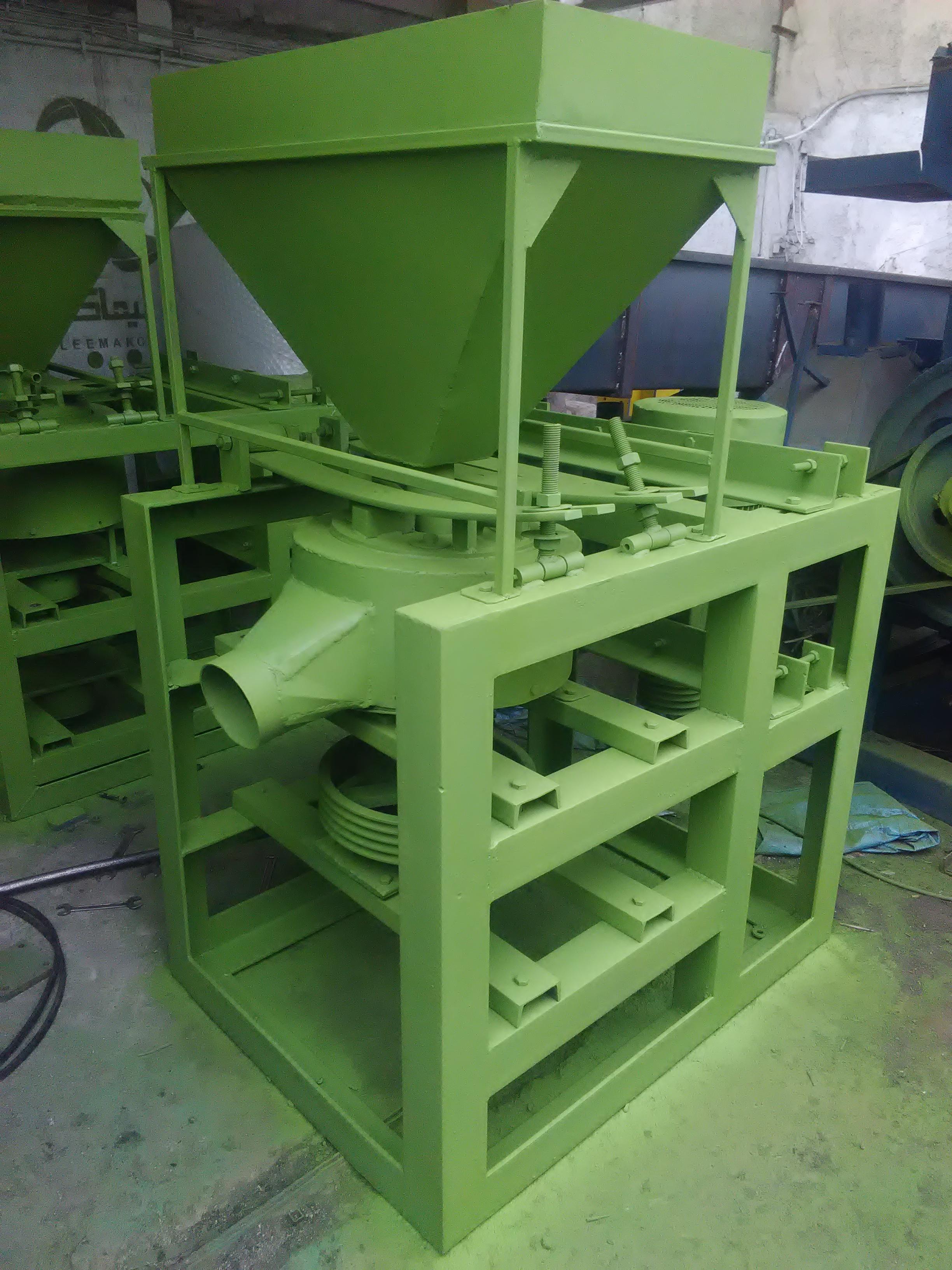 ساخت وفروش ماشین الات بازیافت لاستیک