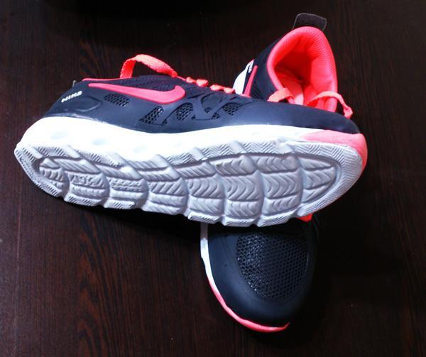 کفش ورزشی زنانه NIKE تولید ایران با ضمانت (فروشگاه جهان خرید)