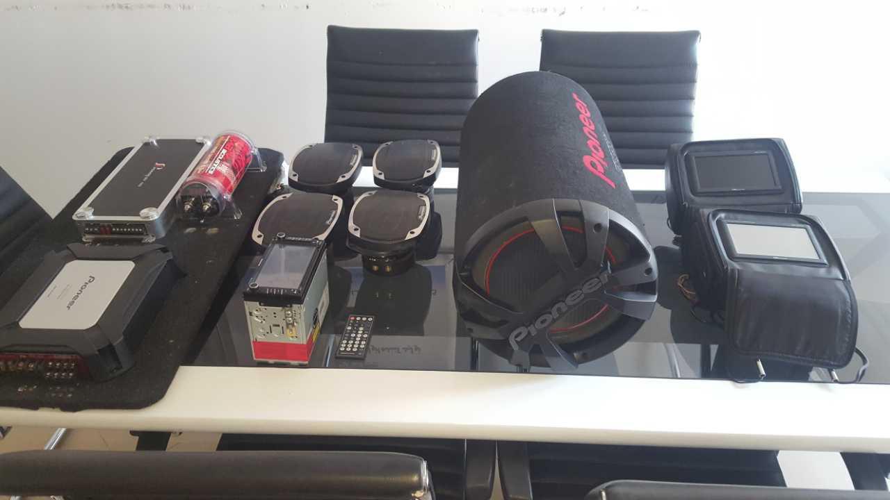 سیستم صوتی فوق حرفه ای