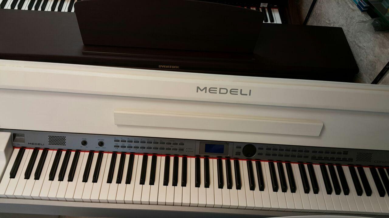فروش پیانو دیجیتال مدلی  CDP-6200