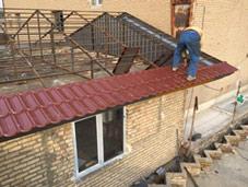 اجرای آردواز و سقف شیب دار ویلا و سوله